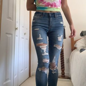 Abercrombie & fitch super skinny ripped jeans